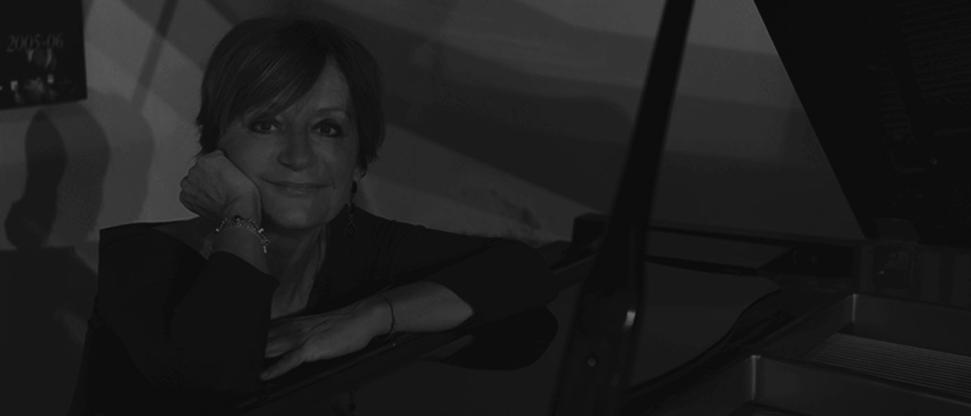 nicoletta-olivieri-pianist-accompanist-vocal-coach-chorus-master-theatre-